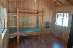 Cabin_inside2_2